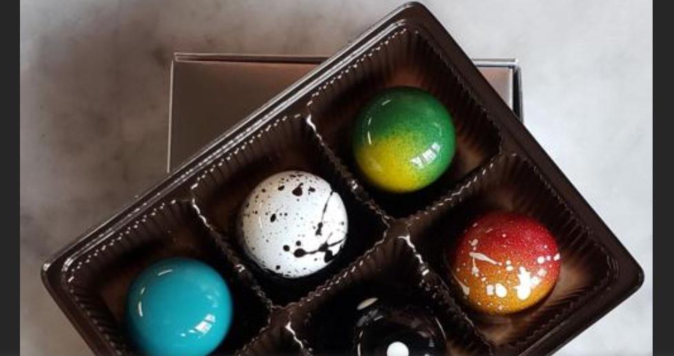 Artistic chocolates